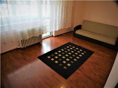 Apartament 2 camere decomandate, Republicii (URA), Bacau