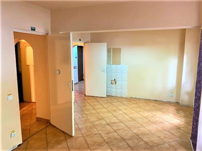 3 camere, 2 bai, balcon, pretabil cabinet medical, cosmetica