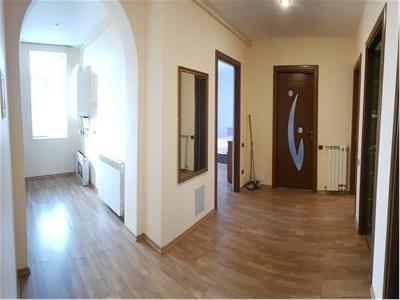 Inchiriere Apartament 3 camere Parc Cancicov, Bacau