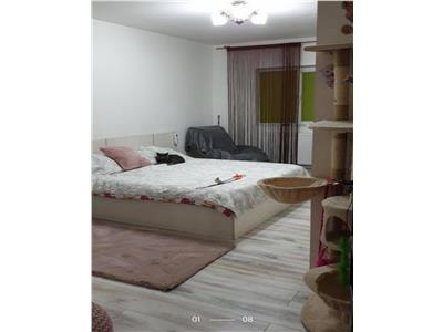 Vanzare Apartament , zona Locotenent Calin
