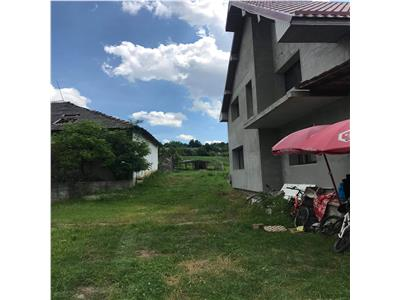 Casa P+M, Ghinda
