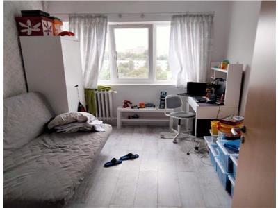 Apartament 3 camere Titan / Liviu Rebreanu