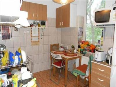 Vanzare Apartament - Palat Cotroceni, Bucuresti