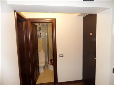 4 camere decomandate in Bacau, zona Bistrita-Lac