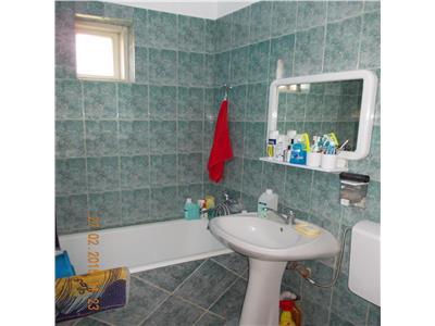 Vanzare casa 5 camere in Ploiesti, zona Central