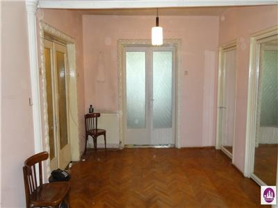 Ultracentral. Apartament deosebit - bloc tip VILA